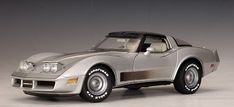 1982 Chevrolet Corvette Collector Edition - Silver made by AUTOart (71201) in 1:18 (1/18) scale
