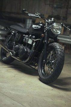 Triumph #moto #motorcycle #triumph #black #travel #trip