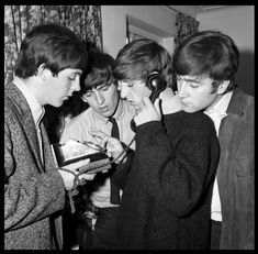 15 Rare, Behind-the-Scenes Photos of the Beatles – Parade