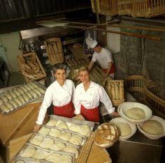 Two women bakers - Isabelle et Valérie Ganachaud - Paris, by Robert van Der Hilst, 1997