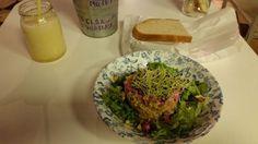 salade bio et végétarienne bar à tapas Astrid Tapas Malaga - Blog voyage Trace Ta Route