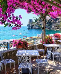 Best Honeymoon Destination Destinations in Italy ★ Honeymoon in Italy Positano Cafe View Italy Honeymoon, Best Honeymoon Destinations, Vacation Places, Amazing Destinations, Dream Vacations, Vacation Spots, Italy Destinations, Italy Vacation, Honeymoon Ideas