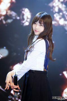 Lovelyz-Kei Lovelyz Kei, Lee Soo, My Muse, Korean Artist, Rapunzel, Find Image, Asian Girl, We Heart It, High Waisted Skirt