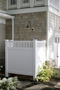 Home Remodel White Cabinets Coastal Decorating Style Outdoor Shower Ideas.Home Remodel White Cabinets Coastal Decorating Style Outdoor Shower Ideas Outdoor Spaces, Outdoor Living, Outdoor Decor, Outdoor Pool, Outdoor Bars, Outdoor Kitchens, Outdoor Shower Inspiration, Wedding Inspiration, Outside Showers