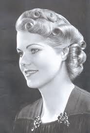 Frisuren Rockabilly Frauen 50er Jahre Frisur Rockabilly Frisur Vintage Frisuren