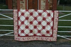 Quilt: Summer at the Beach Pattern: Inspired by the Summer at the Park video tutorial by Missouri Star Qu. Star Quilt Patterns, Star Quilts, Hunters Star Quilt, Quilt Festival, Red And White, Blanket, Sewing, Quilting, Crafts