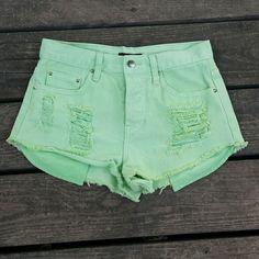 ♡SALE♡ Pale neon green shorts Pale neon green shorts. Forever 21. Size 25. Forever 21 Shorts Jean Shorts