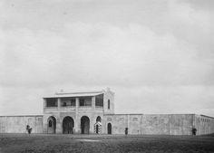 La prison de Lomé, qui a été construite à l'époque coloniale allemande, est encore utilisée comme une prison