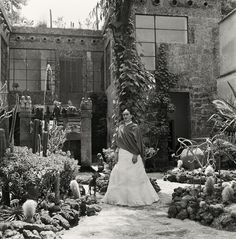 10 Rare Shots of Frida Kahlo's Life at Home in Mexico City - Artist Abodes - Curbed National
