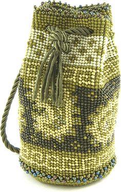 Marvelous Crochet A Shell Stitch Purse Bag Ideas. Wonderful Crochet A Shell Stitch Purse Bag Ideas. Crochet Shell Stitch, Crochet Rope, Basic Crochet Stitches, Tapestry Crochet, Crochet Basics, Bead Crochet, Single Crochet, Beaded Purses, Beaded Bags