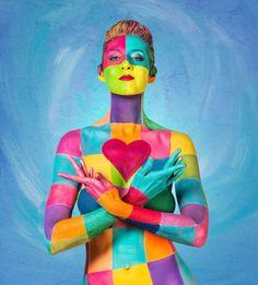 Laüra Hollick | Rainbow House Art Exhibition