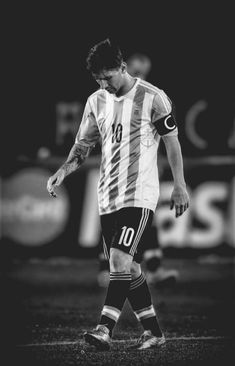 Lionel Messi in Argentina t-shirt /nationalities Lional Messi, Neymar, Messi Shirt, Lionel Messi Family, Lionel Messi Wallpapers, Messi Argentina, David Villa, Argentina National Team, Uefa Champions