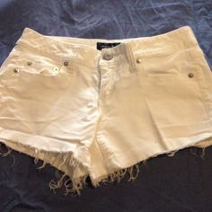 AE Stretch White Corduroy Cut Offs These shorts are in PERFECT condition! American Eagle Outfitters Pants