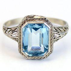 1920's aquamarine filigree ring