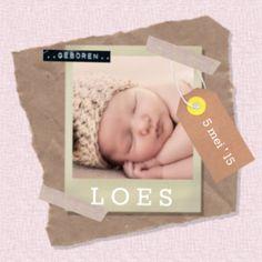 enkel foto geboortekaartje meisje, met een vintage roze achtergrond