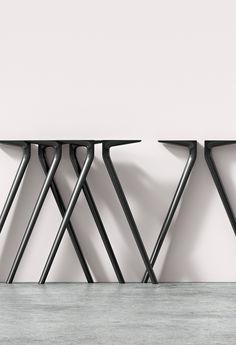 Arper design furniture: in pursuit of the essential. Furniture Legs, Leather Furniture, Metal Furniture, Table Furniture, Furniture Design, Diy Table Legs, Metal Table Legs, Kitchen Table Bench, Dining Room Table