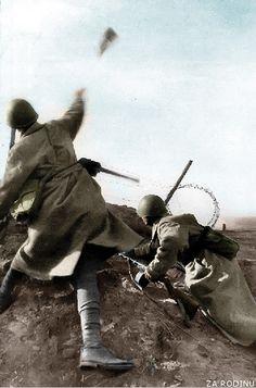 Soviet soldiers in combat ww2   by Za Rodinu