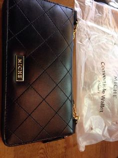 NEW Miche Black Quilted Convertible Wallet 9117 #Miche #MessengerCrossBody
