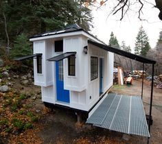 Couple's 192 Sq. Ft. Tiny House on Wheels in Sandy, Utah 001 so charming. The style and ceiling are perfect