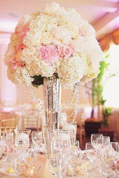 center piece- light pink color scheme