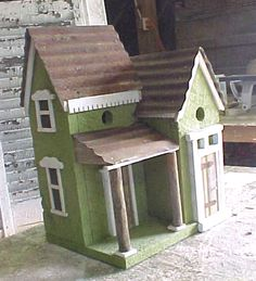 birdhouse - of course I'll never make it but the architecture is so appealing, does give some food for thought