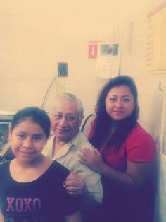 Papa y sus nietas