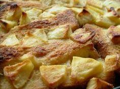 English Toffee Apple Bread and Butter Pudding Recipe Easy Banana Bread, Apple Bread, Quick Bread Recipes, Banana Bread Recipes, Yummy Recipes, English Pudding, English Muffin Bread, Savory Bread Puddings, Bread Starter