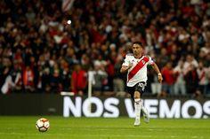 El Pity Martínez va derecho al tercer gol, el prólogo del inicio del festejo de River Campeón Carp, Soccer, Sports, Madrid, Rivers, Mariana, Happy, Amor, Messi Photos
