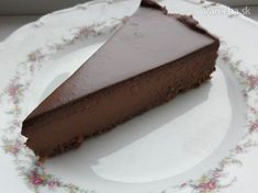 Diesen leckeren Schoko-Cheesecake bereitet ihr nur in ca 45 Minuten zu, ohne Bac… This delicious chocolate cheesecake you prepare only in about 45 minutes, without baking. It's a caloric bomb, but … Continued Pear And Chocolate Cake, Chocolate Bonbon, Chocolate Sweets, Chocolate Cheesecake, Delicious Chocolate, Czech Desserts, German Baking, Czech Recipes, Cheesecake Recipes