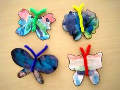 Best Toys for Toddlers: Pipecleaner and Coffee Filter Butterflies