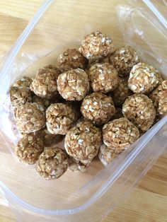 Pixie Pebbles Horse Treats:  3 cups oatmeal + 1 cup apple sauce + 1/4 cup molasses + 1/2 cup flour. Bake at 350 for 20 minutes. I also added some peppermint extract. ***not my recipe   #horse #treats #recipe #homemade