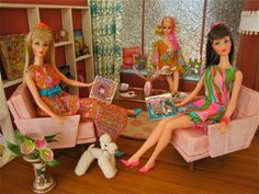 I still have the Koolaats of Barbie on the left! I recognize those Barbie outfits!!