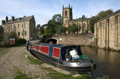 Rochdale Canal - Sowerby Bridge - West Yorkshire -  England