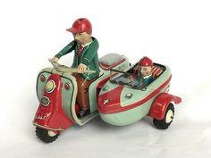 VINTAGE RABBIT Bunny MOTORCYCLE TIN LITHO Friction Toy