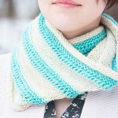 Free drop-stitch cowl knitting pattern gives a nice, deconstructed look to a typical cowl.