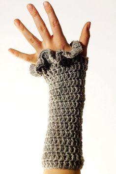 PDF CROCHET PATTERN Gloves Tiffany Teaser - grey fingerless fashionable hand warmers with ruffled edge