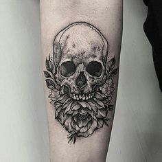 Skull & Peony tattoo by @thomasbatestattoo in London, U.K.