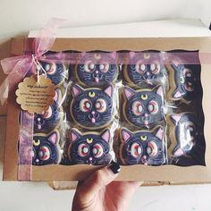 """セーラームーン ♡ on Instagram: """"Look at these Luna cookies meow  they're so cute!! ♡ done by @mycookiesf picture by @sailorhg"""""""