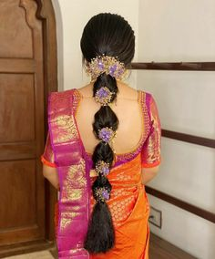 South Indian Wedding Hairstyles, Bridal Hairstyle Indian Wedding, Bridal Hairdo, Indian Bridal Fashion, Indian Hairstyles, Bride Hairstyles, Saree Hairstyles, Indian Bridal Makeup, Hairstyles Haircuts