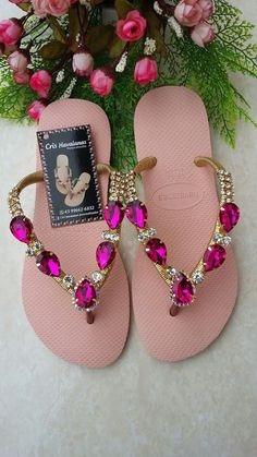 Flip Flops Michael Kors For Women How To Make Slippers, Flip Flop Craft, Decorating Flip Flops, Bling Sandals, Stylish Sandals, Jeweled Sandals, Bijoux Diy, Buy Shoes, Fancy Shoes
