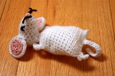 Crochet Mouse free pattern <3 eeeeek! Thanks for the share xox