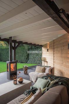 Sfeer van onze overkapping! Backyard Patio Designs, Backyard Pergola, Backyard Landscaping, Outdoor Garden Rooms, Outdoor Spaces, Outdoor Living, Ideas Terraza, Contemporary Garden Rooms, Modern Patio