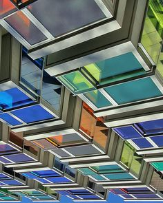 """#tv_rainbow #tv_metropolis #tv_buildings #tv_pointofview #arkiromantix #art_chitecture_ #diagonal_symmetry #icu_architecture #archilovers#archimasters…"""