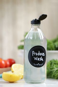 DIY Produce Wash: the natural (and super easy) way to wash fruits and veggies without expensive produce cleaners