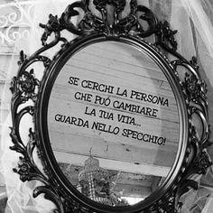 Scorci di una giornata (quella di ieri) scrutando nelle vetrine di #Como  Non a caso mi è arrivato questo messaggio  ... È tutta vita  #myserendipity