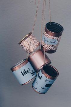 Autoschmuck Dosen fürs Hochzeitsauto personalisieren Personalize car jewelry cans for your wedding car Spring Wedding Colors, How To Start Yoga, Wedding Car, Leather Boots, Rustic Wedding, Diys, Planter Pots, Wedding Planning, Wedding Inspiration