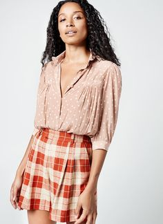 Tailored Shorts, Pleated Shorts, Oversized White Shirt, New Pant, Plaid Design, Casual Jeans, Tweed, Preppy, Bikini Tops