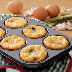 Fried-Egg-and-Bacon Puff Pastry Squares   Recipe   Puff Pastries ...