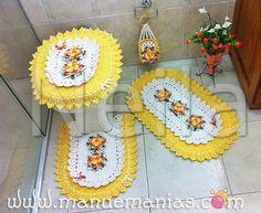 juego de baño amarillo