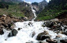 beautiful view of waterfall at Matalattan..!!! http://www.gopakistan.no/